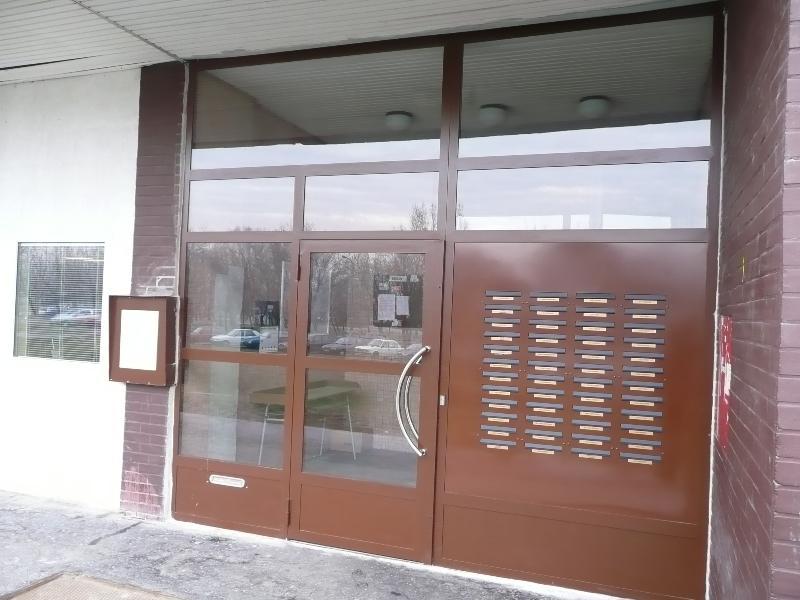 Kovová brána Jansen s poštovými schránkami
