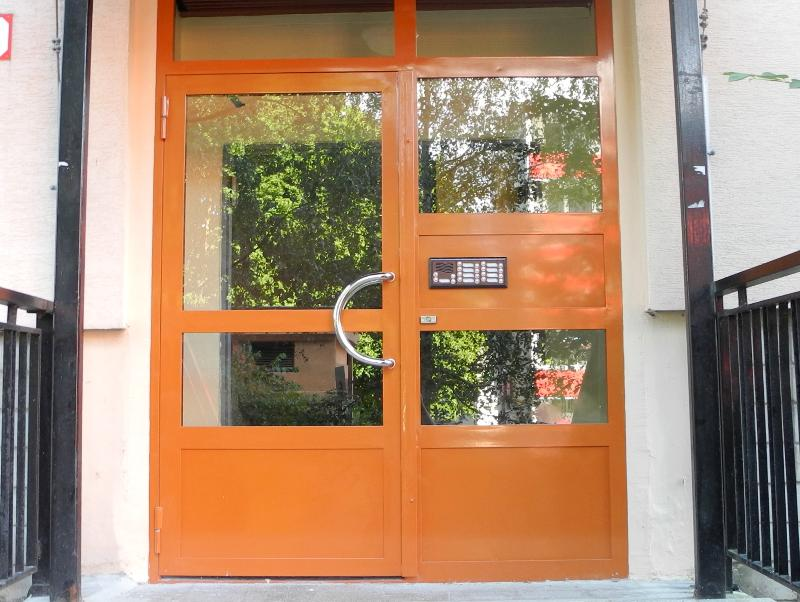 Oranžovo-hnedé prevedenie Jansen