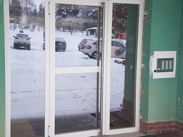 Brána JANISOL so zrkadlovými sklami