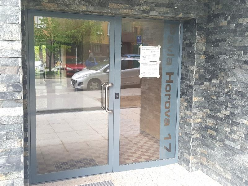 Kovové dvere Janisol s prerušeným tepelným mostom