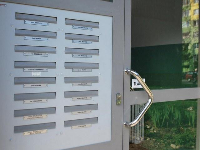 Dvojstranné poštové schránky EASYBOX